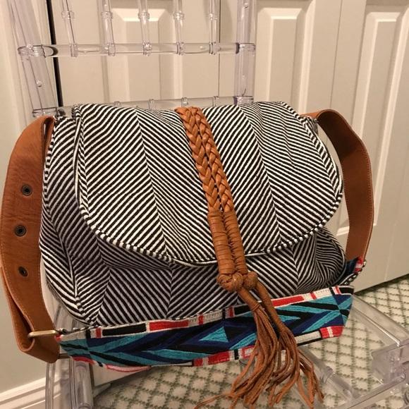 10a5eb980f5 Noonday crossbody bag